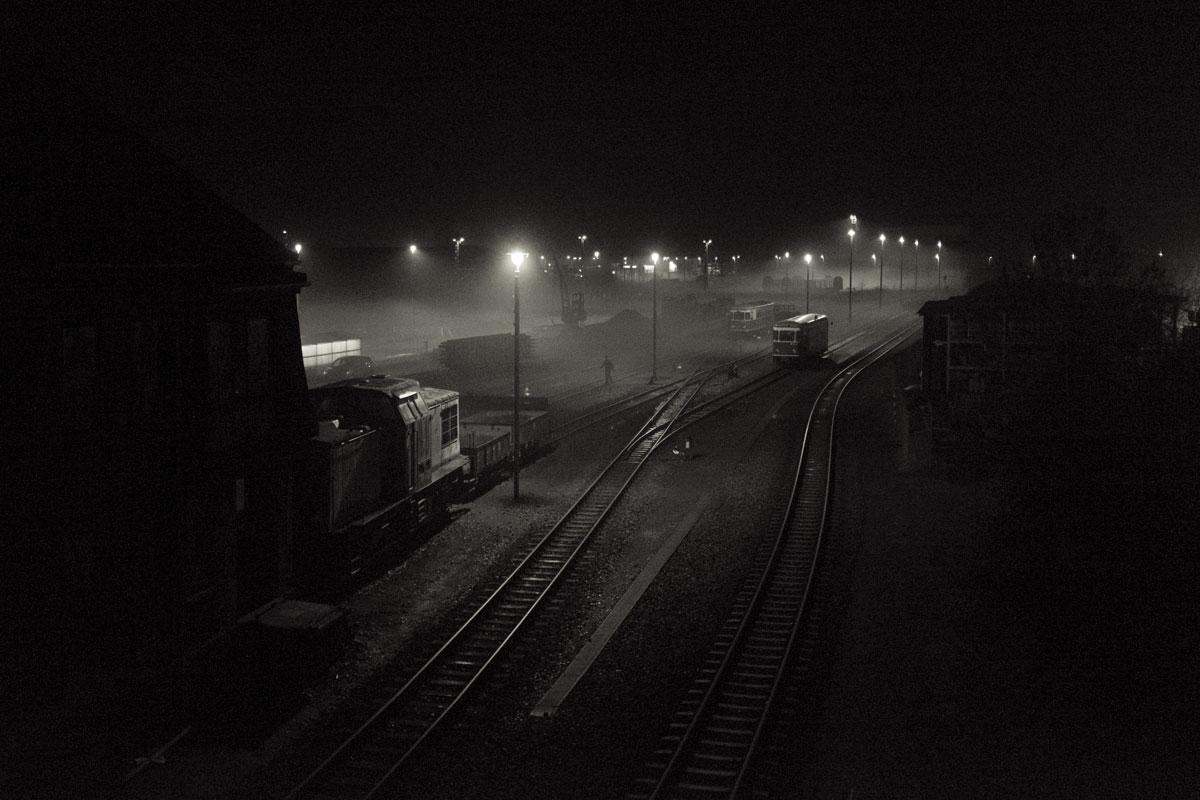 Der Mann zwischen den Gleisen